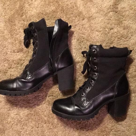 XOXO Shoes - Chunky boot heels